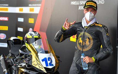 Gran remontada de Alez Ruiz en la primera carrera de su campeonato